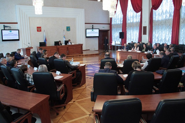 Законодатели ЕАО направили в Госдуму проект о продлении ЕНВД