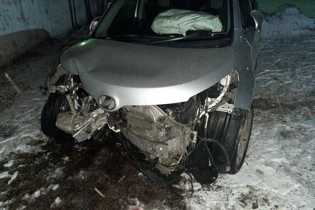 Из-за скользкой дороги в ЕАО случилось три ДТП с пострадавшими