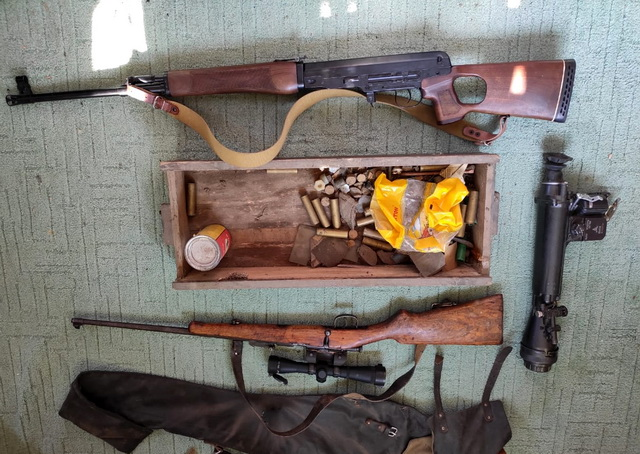УФСБ изъяло оружие и боеприпасы у шести жителей ЕАО