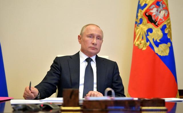 Путин продлил нерабочие дни