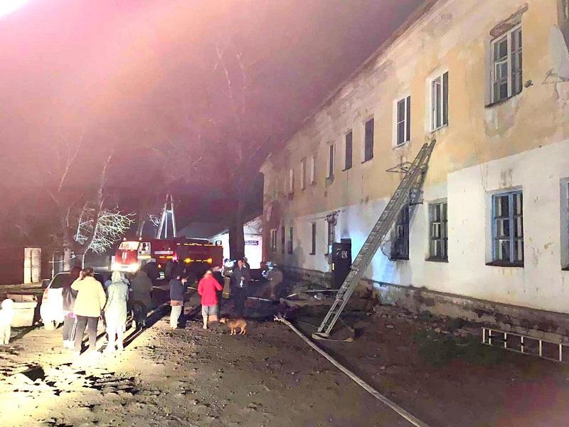 Страшный пожар в ЕАО: огнеборцы спасли 20 человек