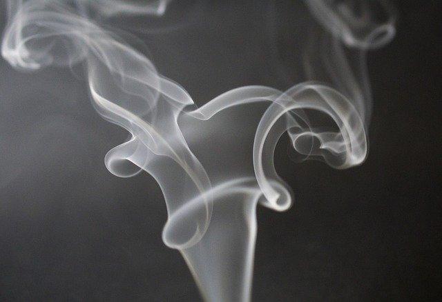 В кафе и ресторанах запретили курение кальянов