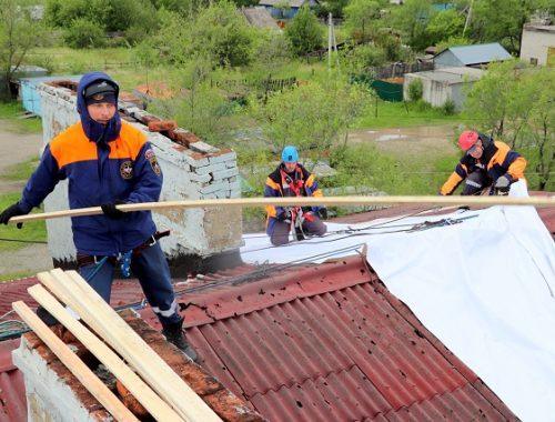 В Николаевке продолжаются экстренные аварийно-восстановительные работы