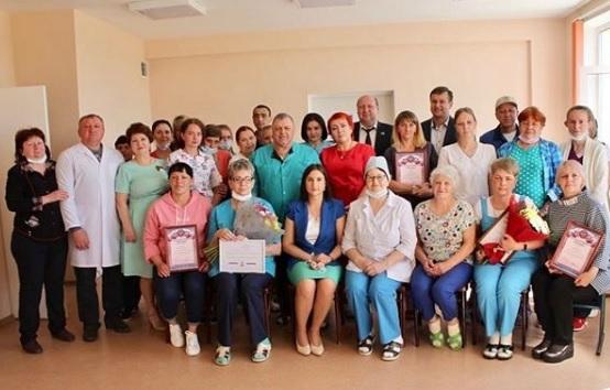 Медицинских работников ЕАО чествовали с профессиональным праздником