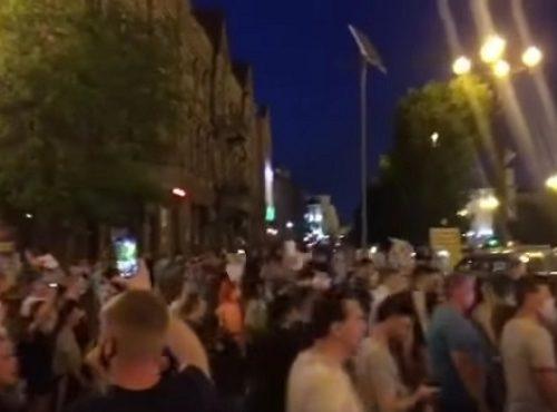 В Хабаровске продолжаются массовые протесты