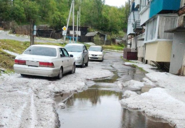 Комиссии по оценке ущерба, нанесенного градом, работают в Теплоозерске