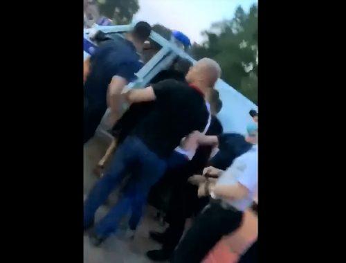О задержании двух человек после акции протеста в Биробиджане сообщают соцсети (18+)