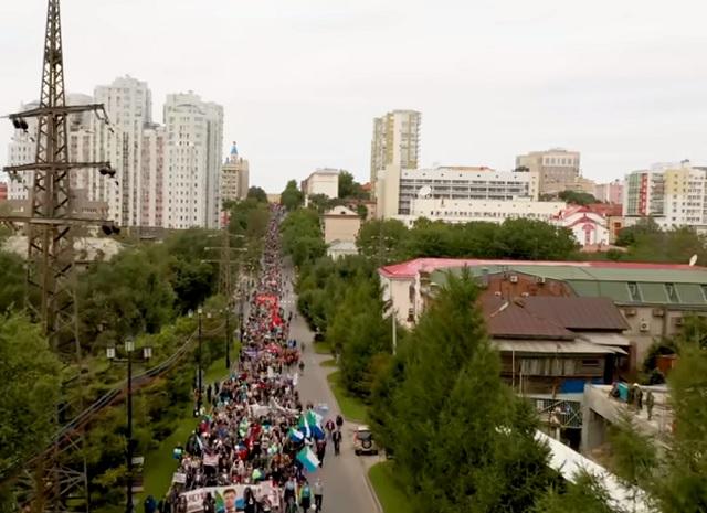 Хабаровчане не прекращают митинговать