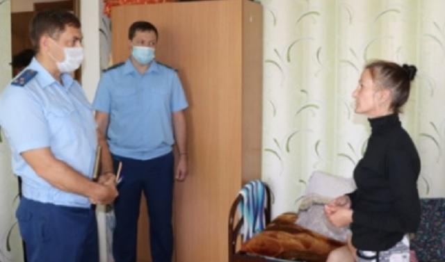 Прокуратура навестила биробиджанских подтопленцев
