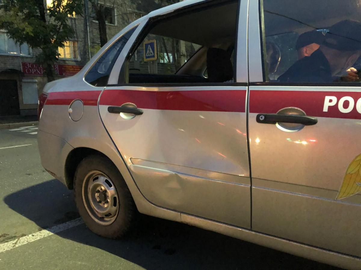 Автомобиль Росгвардии сбил женщину в Биробиджане