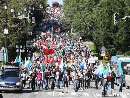 Хабаровск не сдается: митинги проходят десятую субботу подряд
