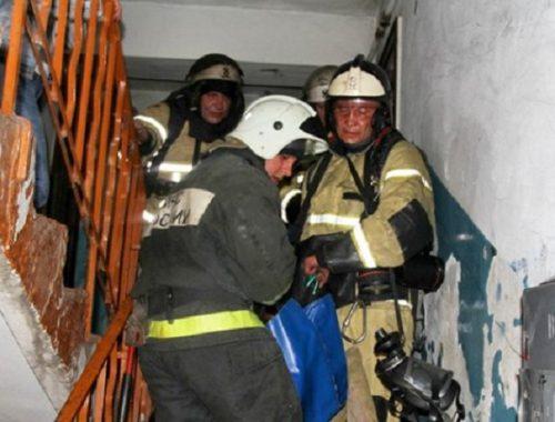 Мужчину-инвалида спасли из горящей квартиры в Биробиджане
