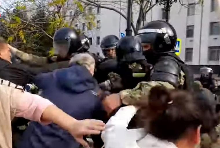 Фургал прокомментировал жесткие задержания на митинге в Хабаровске