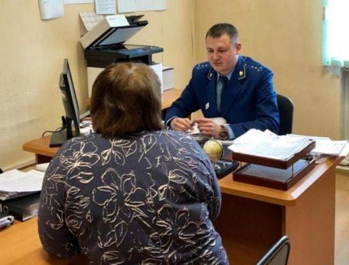 Медработники ЕАО продолжают выбивать «коронавирусные» выплаты через прокуратуру
