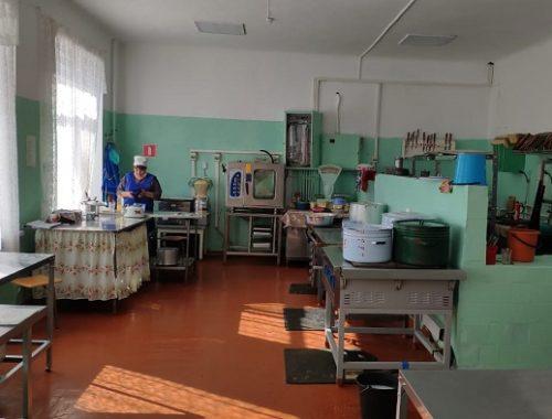 Общественники повторно проверят организацию горячего питания в школах ЕАО