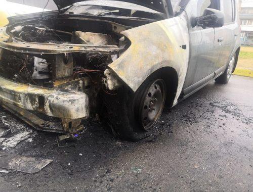 Автомобиль вспыхнул при автопрогреве в Биробиджане