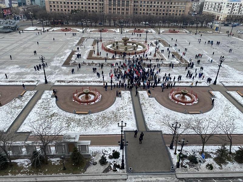 Арестом и штрафами наказывают митингующих в Хабаровске