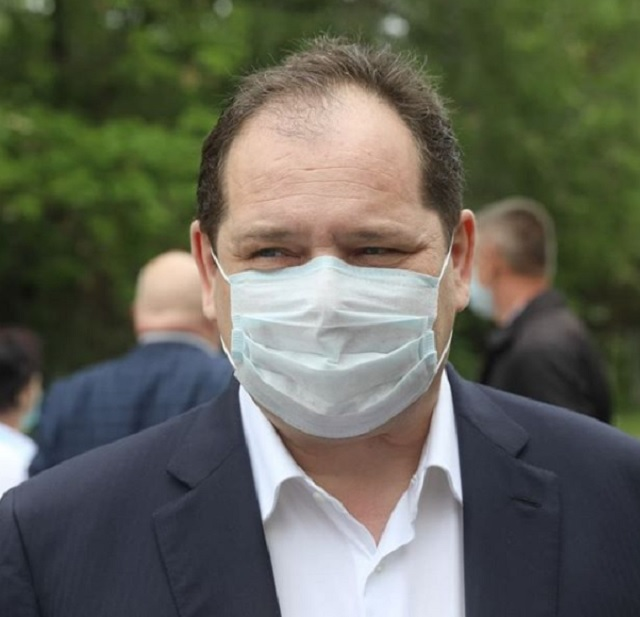 Губернатор ЕАО вернулся к очной работе после перенесенного коронавируса