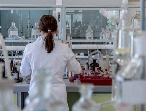 Первый случай заражения человека птичьим гриппом H10N3 выявлен в Китае