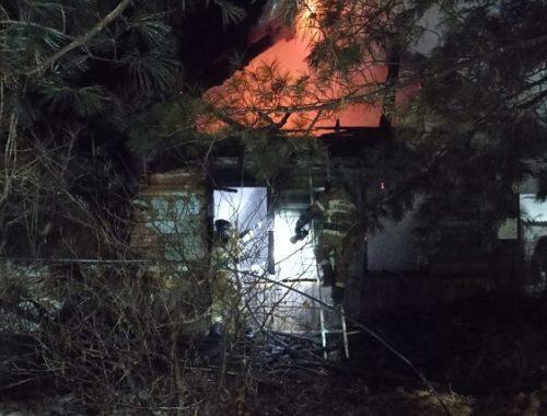 Пожар в частном доме унес жизни троих человек в ЕАО