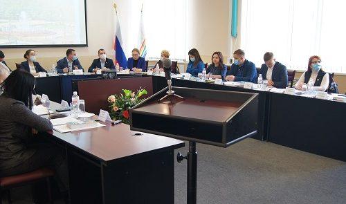 Депутаты Биробиджана приняли отставку председателя Думы