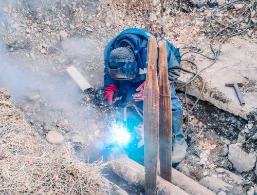 В Биробиджане устранили порыв на трубопроводе