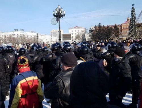 Более трех тысяч задержанных и уголовные дела: как в России прошли акции протеста