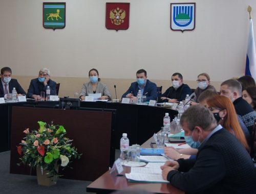 Гордума Биробиджана провела первое в 2021 году заседание
