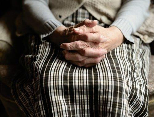 Правительство отклонило законопроект о снижении пенсионного возраста
