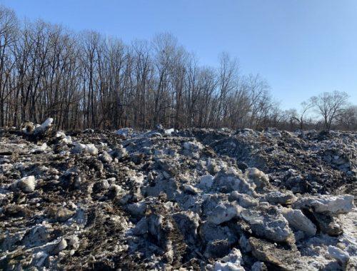 Мэрию Биробиджана обязали найти места для складирования грязного снега