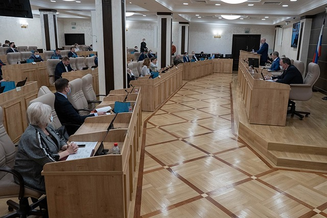 Создать новую республику и включить в ее состав ЕАО предложил депутат из Екатеринбурга