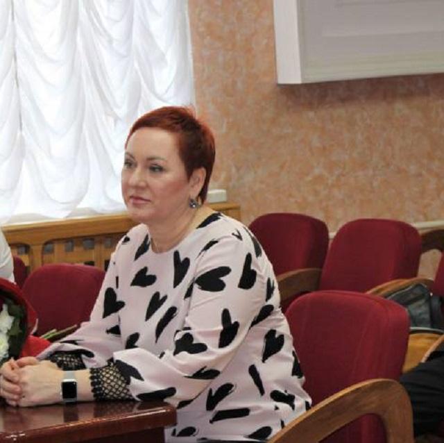 Чуть больше недели проработала в статусе депутата ЕАО Татьяна Гладких