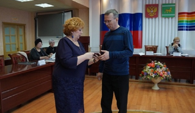 Вакантный мандат депутата Заксобрания ЕАО передали Сергею Готовченко