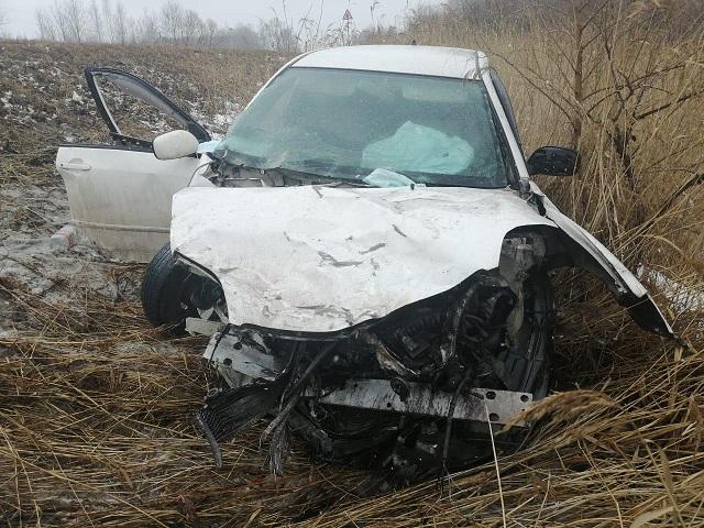 Один человек погиб, двое пострадали в ДТП на трассе в ЕАО