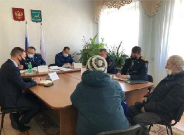 В прокуратуре выслушали жалобы жителей Николаевки
