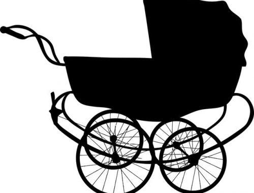 Детскую коляску украли из подъезда дома в ЕАО