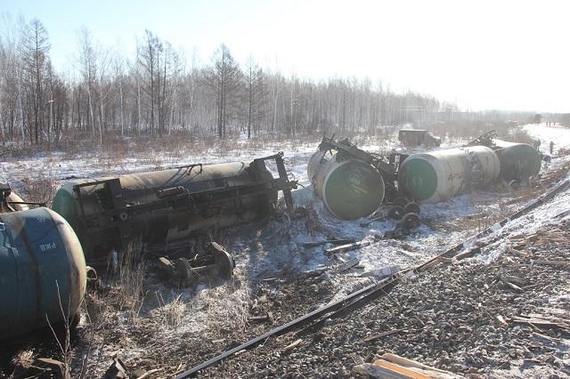 Уголовное дело возбуждено после схода 17 грузовых вагонов в Хабаровском крае