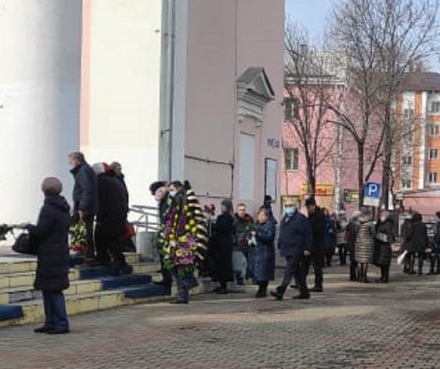 Биробиджан простился с первым заместителем мэра города Яном Абловым