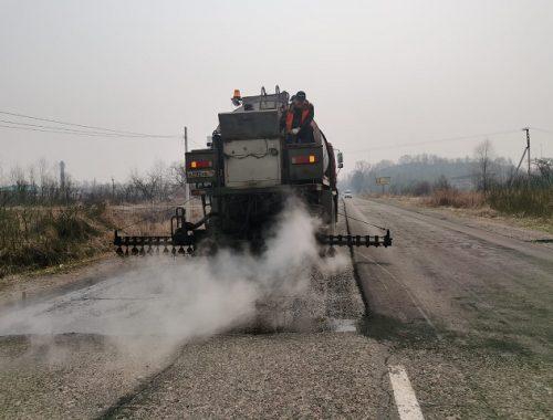 Полным ходом идет ремонт дорог в Биробиджане
