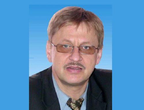 Сегодня могло исполниться 65 лет возглавлявшему комитет образования ЕАО Леониду Губенко