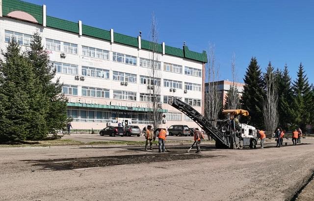 Ямочный ремонт дорог начался в Биробиджане