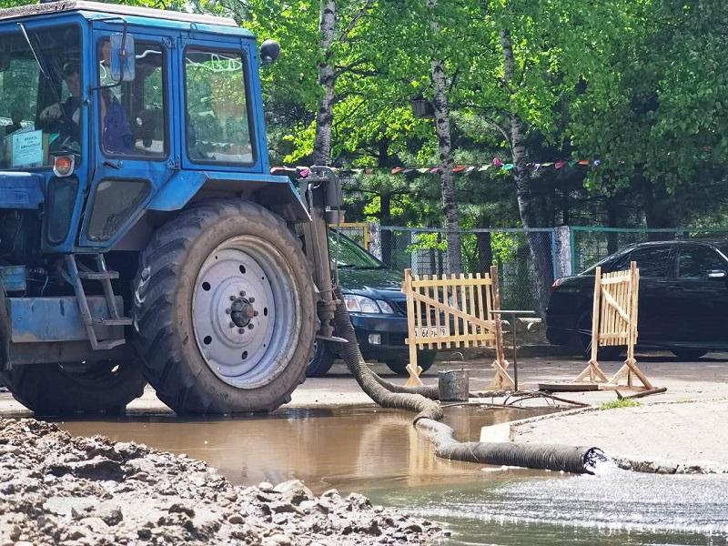 Коммунальная авария оставила без холодной воды 14 домов в Биробиджане