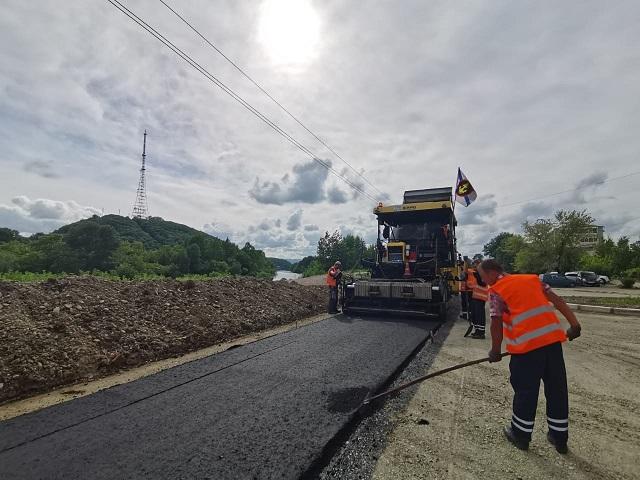 Ремонт дорог продолжается в Биробиджане