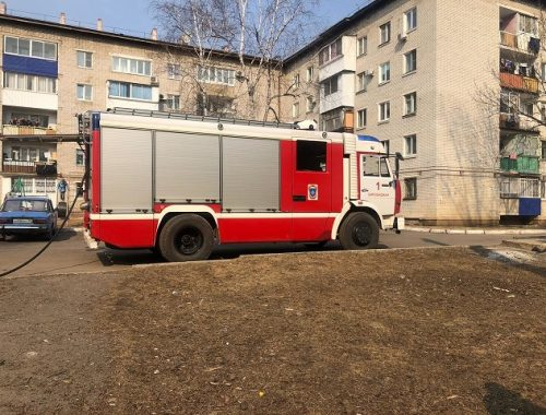 В Биробиджане выясняют причины пожара в подвале пятиэтажки