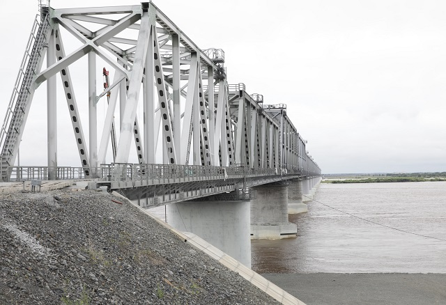 Мост из ЕАО в Китай намерены ввести в эксплуатацию до 26 августа